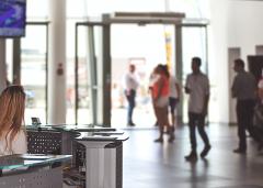 楼宇大厦智能访客机让访客管理更高效